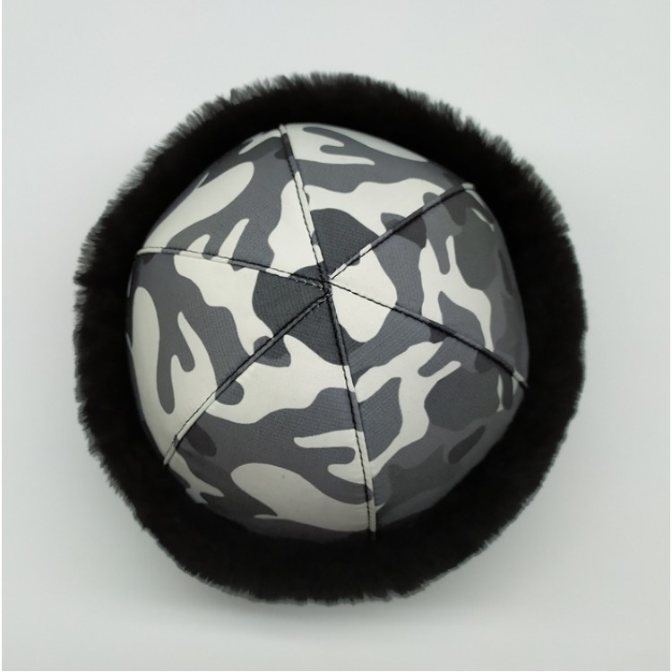 Siyah Kürklü Kamuflaj Kumaşlı İçi Gerçek Koyun Derisi Şapka, Börk Modelimiz - Ş120