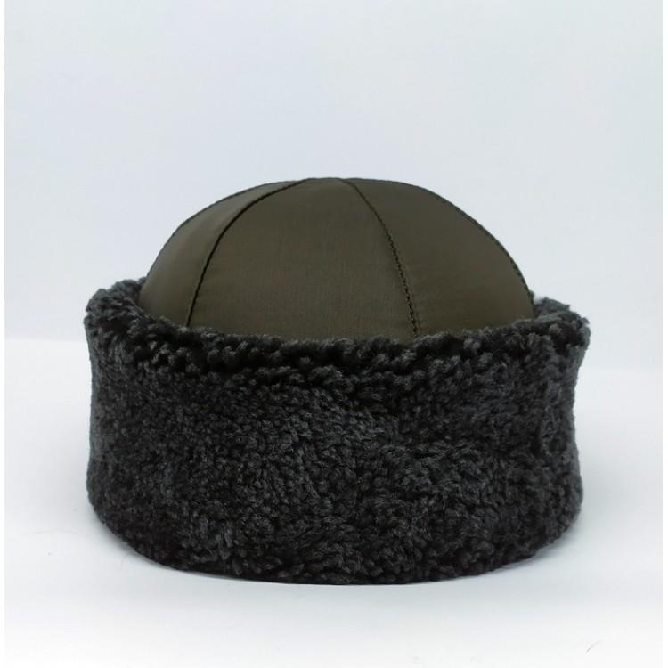 Gri Kürklü Su ve Rüzgar Geçirmez Kumaşlı İçi Gerçek Koyun Kürklü Deri Şapka, Börk Modelimiz - Ş121